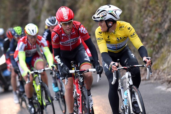 10-Kwiatkowski-didnt-get-any-help-from-the-Lotto-Soudal-team-with-Gallopin-off-the-front-on-the-final-climb.