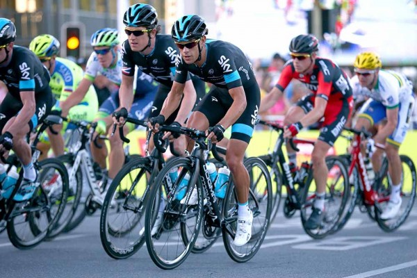 10-Teammates-Richie-Porte-and-Geraint-Thomas-pack-a-one-two-punch-for-Sky.-Peoples-Choice-Classic-2015-Fotos-y-video