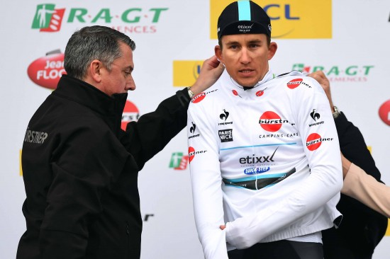 12-Although-Kwiatkowski-lost-the-yellow-jersey-he-kept-the-white-best-young-riders-jersey.
