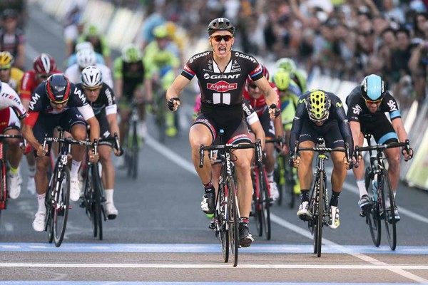 12-Marcel-Kittel-posts-up-at-the-line.-Peoples-Choice-Classic-2015-Fotos-y-video